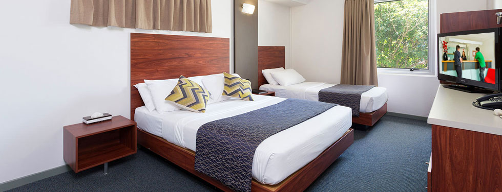 Rocklea International Motel - Deluxe Twin Room
